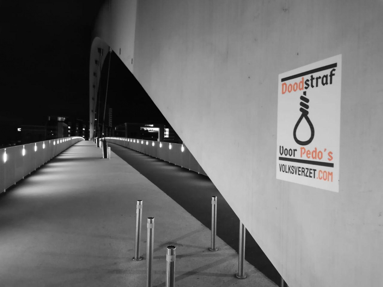 Anti-pedo posters